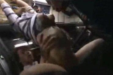 バスで極上ボディな美人お姉さんが痴漢されハメられまくる動画