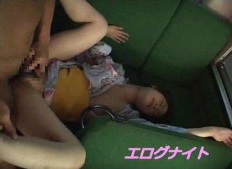 浴衣でバスに乗ったお姉さんが痴漢レイプされる動画