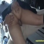引き締まったお尻の制服美少女がバスで痴漢され鬼ピストンされる
