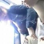 無修正-電車の中でもの凄い痴漢をされた巨乳女が座席で激ハメされる
