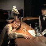 BARのお酒で昏睡した美女が店員から痴漢される動画