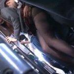 バスの車内でノーパン黒パンスト姿で痴漢に耐える制服JK達