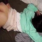 酒で潰れた美人お姉さんをお持ち帰りして極上身体を堪能する動画