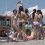 海外路線バスで痴漢レイプされるビキニ巨乳な可愛いギャル動画