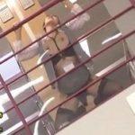セクシーガーター黒下着を身につけたOLの図書館痴漢レイプ動画