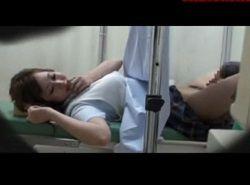 妊娠検査に来たJKをワイセツ診察して中出しする変態産婦人科医師