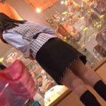 パチンコ店景品カウンター女性店員がチカンされる動画