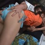 真夏の砂浜売店ビキニ美女がリモバイチカンから中出しされる動画