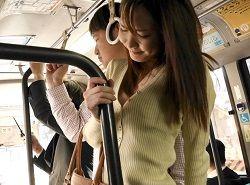 8頭身美ボディなためにバスでチカンされやすいモデル系美女