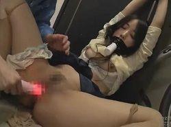 業者を装った男から拘束イラマ固定媚薬バイブチカンレイプされる女達